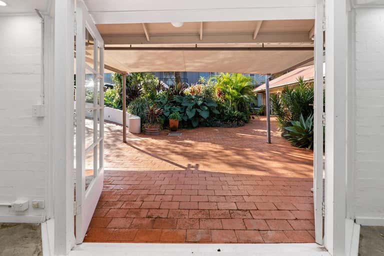 4/11 Fletcher Street Byron Bay NSW 2481 - Image 2