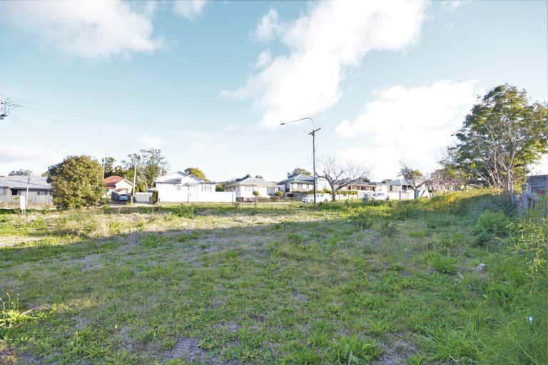 37 Mort Street Newtown QLD 4350 - Image 3