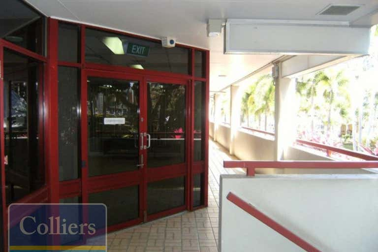 2/62 Walker Street Townsville City QLD 4810 - Image 4