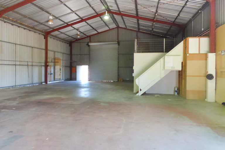 4 Fletcher Crescent Dubbo NSW 2830 - Image 3