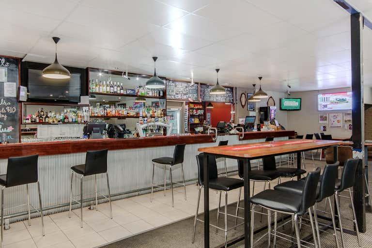 Bouvard Tavern, 21-23 Park Ridge Drive Bouvard WA 6211 - Image 2