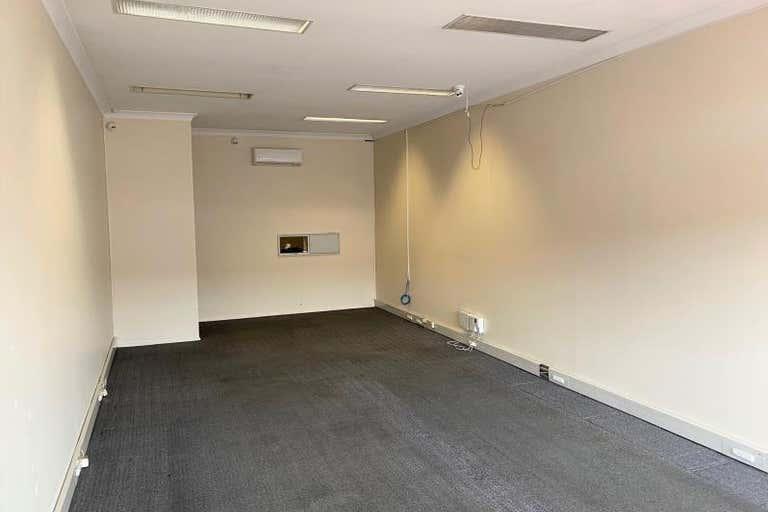 18 Adelaide Street East Gosford NSW 2250 - Image 4