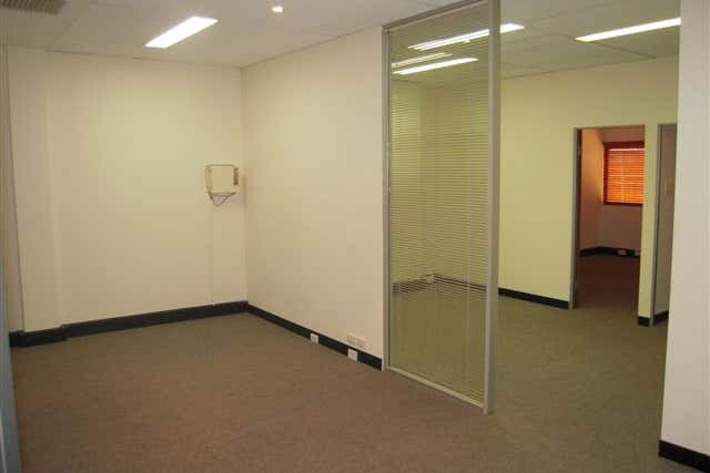 Suite 2, 19-21 Outram Street West Perth WA 6005 - Image 4