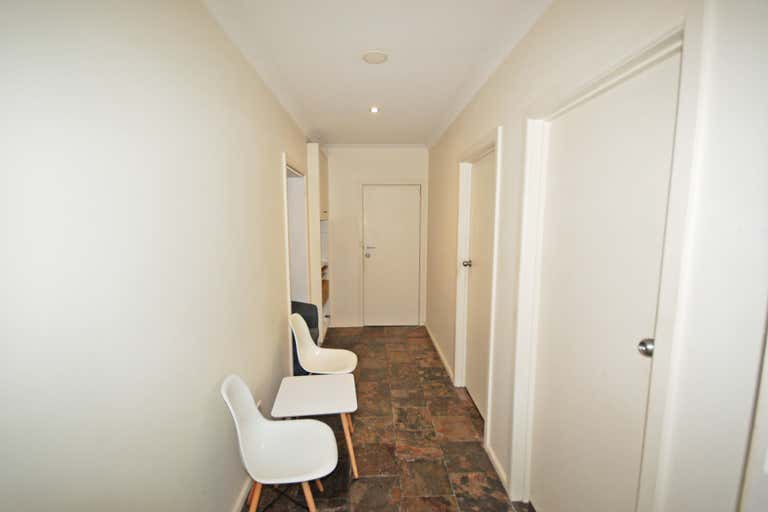 2/34 Watson Street Wodonga VIC 3690 - Image 3