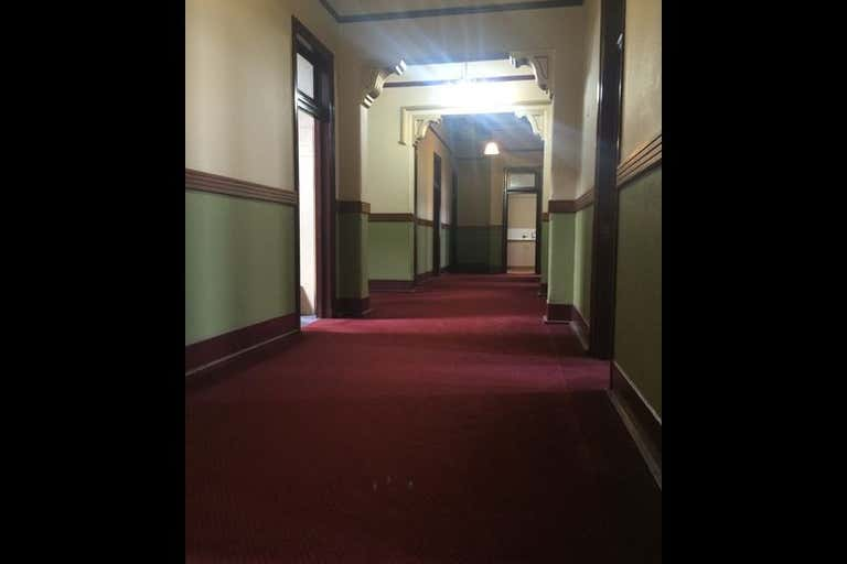 Suite 7, 456 Ruthven Street Toowoomba City QLD 4350 - Image 2