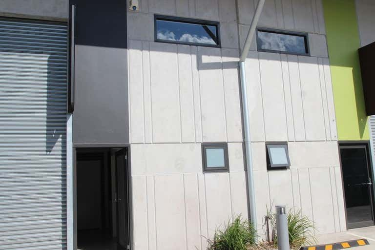 Upstairs 3/46 Montague Street North Wollongong NSW 2500 - Image 1