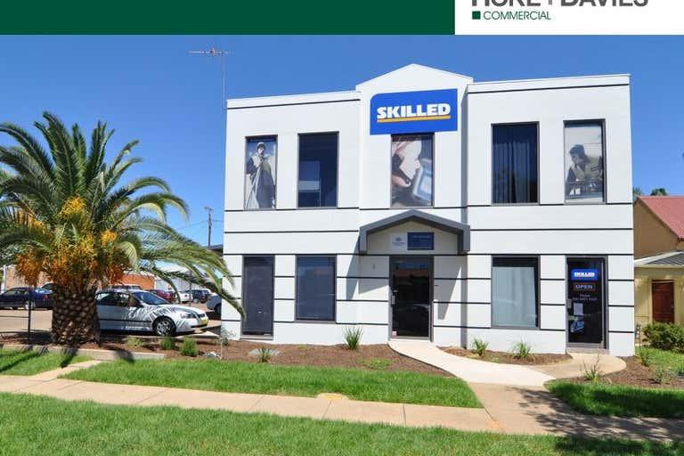 1/8 Fitzharding Street Wagga Wagga NSW 2650 - Image 1