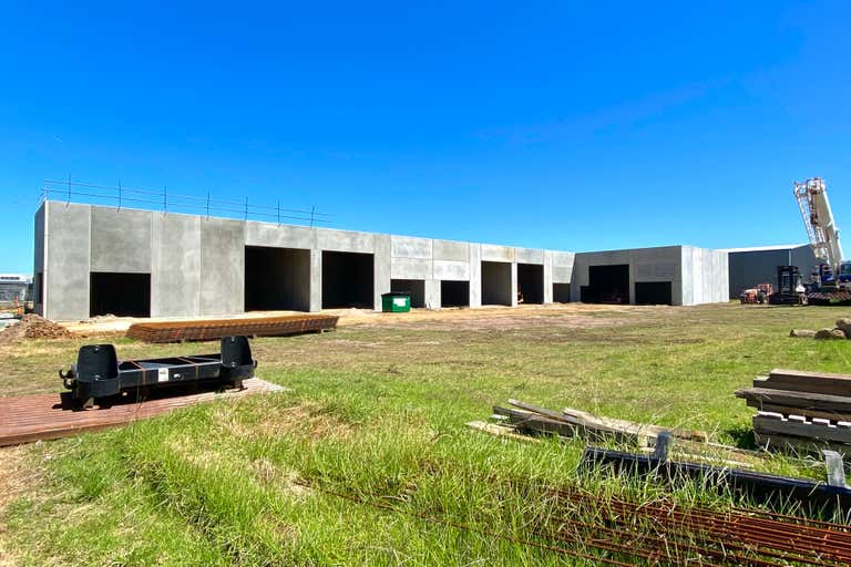 1/11 Railway Court Bairnsdale VIC 3875 - Image 4