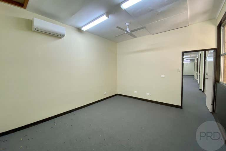 1D/51 Henry Street Penrith NSW 2750 - Image 4