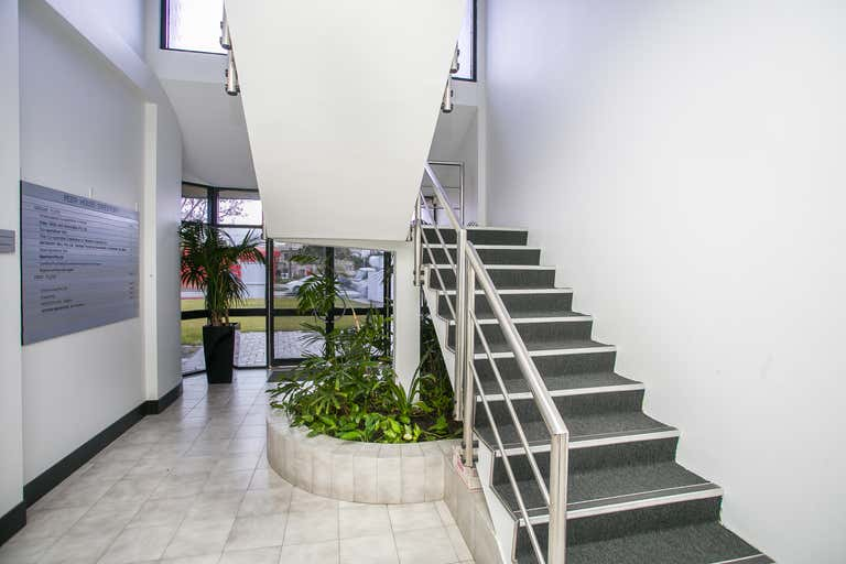 3/2 Canning Highway South Perth WA 6151 - Image 4