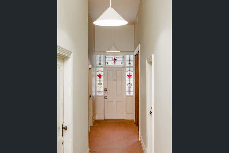 Weymouth House, 51 Torrens Street Victor Harbor SA 5211 - Image 4