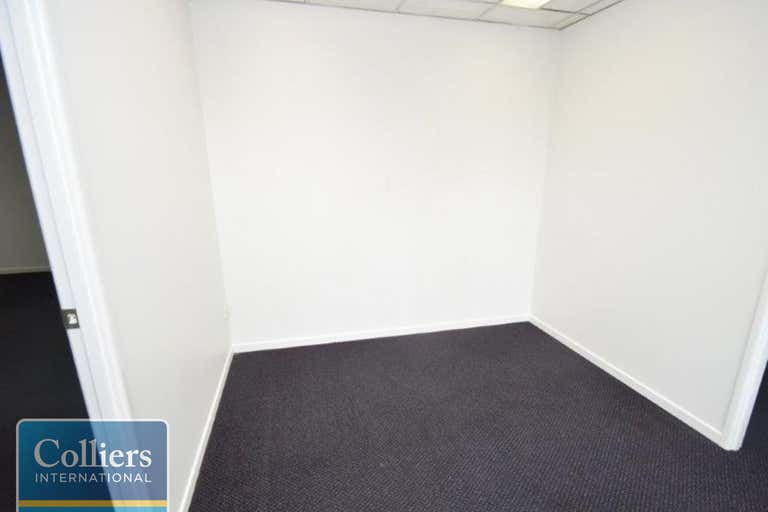 1/167 Denham Street Townsville City QLD 4810 - Image 3