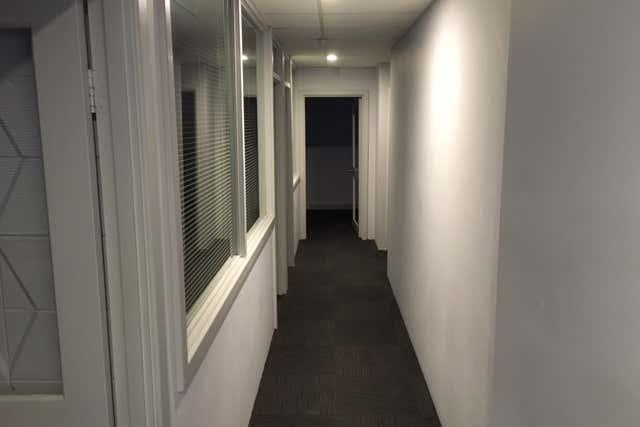 8 Sholl Street Mandurah WA 6210 - Image 4
