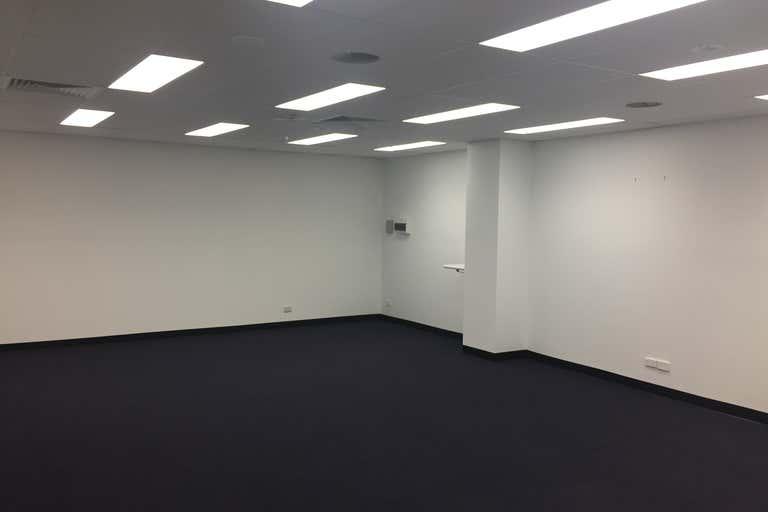 35/207 Currumburra Road Ashmore QLD 4214 - Image 2