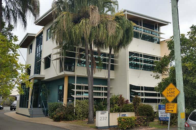 2/237 Bradman Avenue Maroochydore QLD 4558 - Image 1