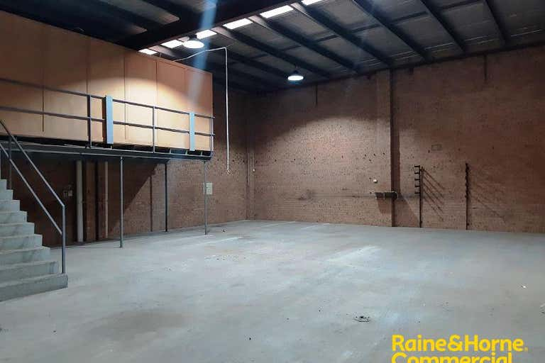 Unit 2, 7 Devon Road Ingleburn NSW 2565 - Image 2