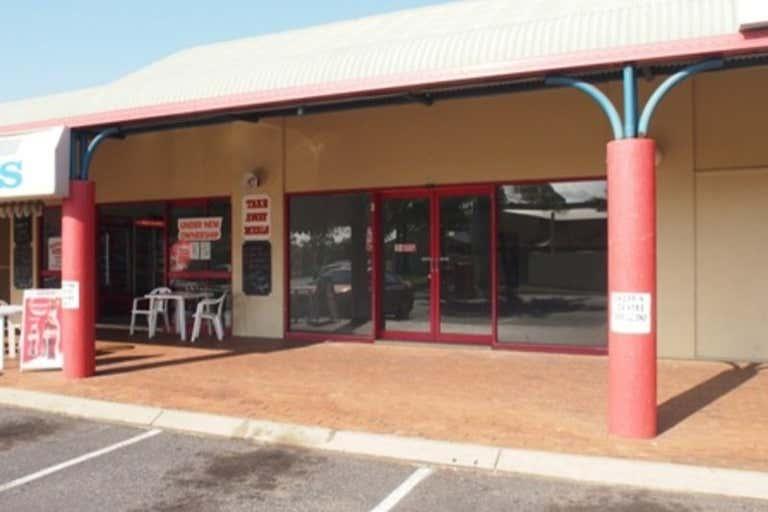 9/301 Farm Street Norman Gardens QLD 4701 - Image 4