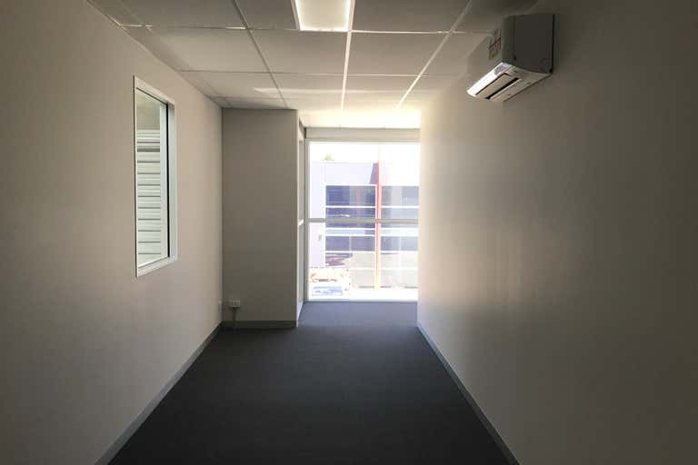 2/7 - 9 Linmax Court Point Cook VIC 3030 - Image 3