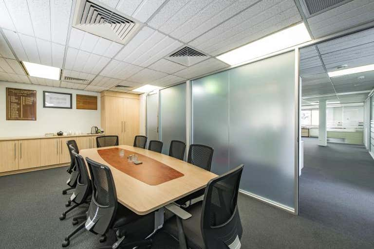Unit 2, 16 Thesiger Court Deakin ACT 2600 - Image 2