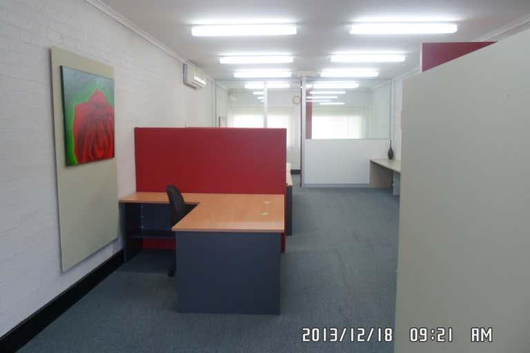 4/13 Hope Street Blaxland NSW 2774 - Image 2