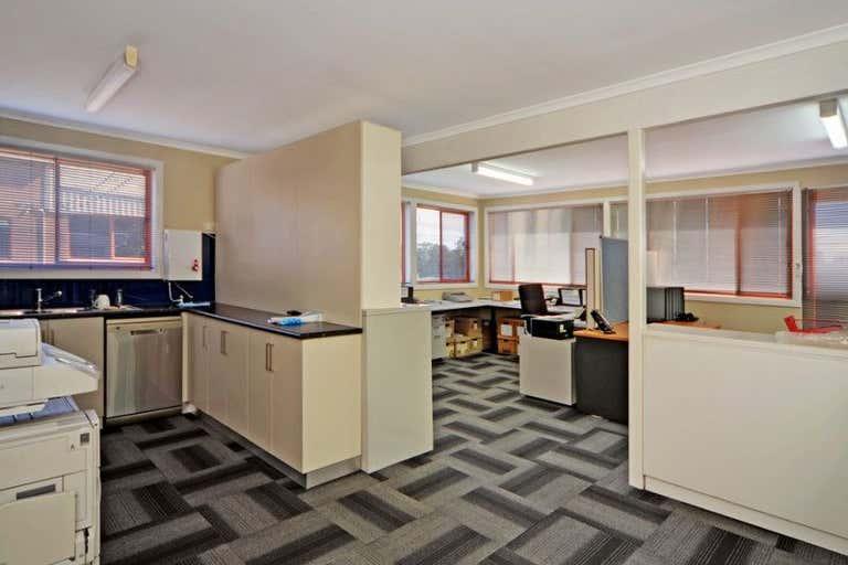 8 Commerce Drive Warilla NSW 2528 - Image 2
