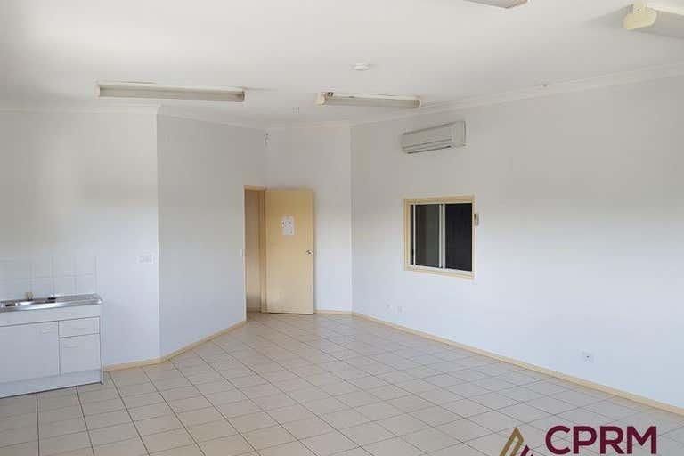 4/180 Anzac Avenue Kippa-Ring QLD 4021 - Image 3