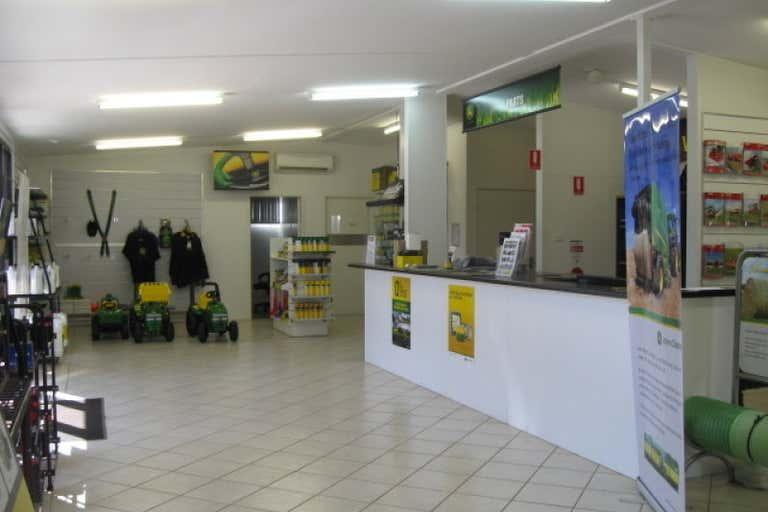 15 Albrecht Street Tolga QLD 4882 - Image 3