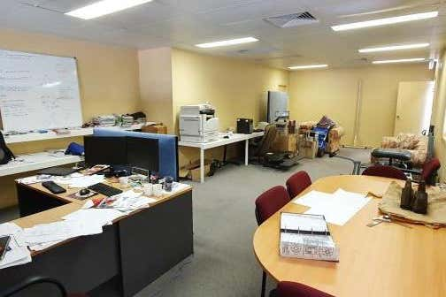 Unit 6, 56 Industrial Drive Mayfield NSW 2304 - Image 2