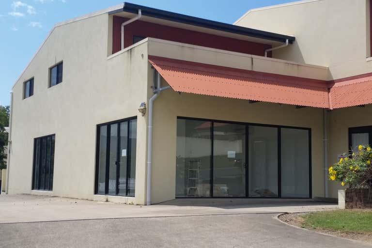 8a Commerce Close Cannonvale QLD 4802 - Image 1