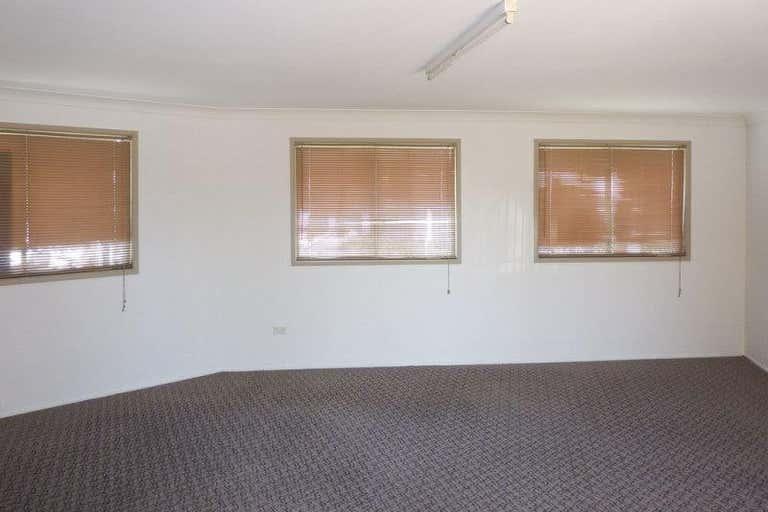 10/1386-1388 Anzac Avenue Kallangur QLD 4503 - Image 4