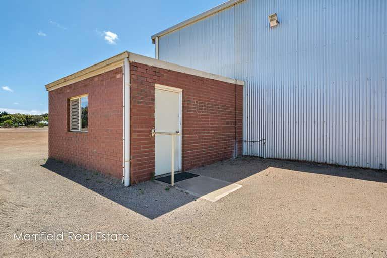 16/209 Chester Pass Road Milpara WA 6330 - Image 4