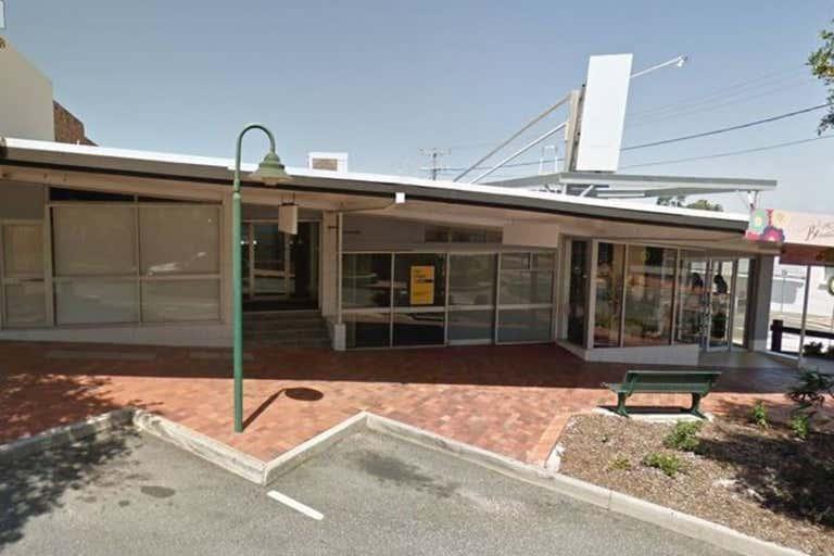 Shop 4, 120 Goondoon Street Gladstone Central QLD 4680 - Image 2