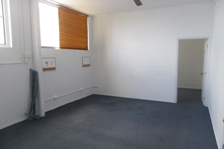 3/13 King Street Caboolture QLD 4510 - Image 2