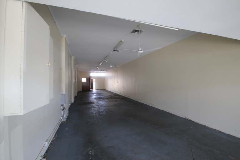 B/139 Bay Terrace Wynnum QLD 4178 - Image 2