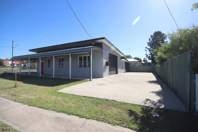22 Toowoomba Road Crows Nest QLD 4355 - Image 2