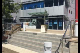 4/2 Waterfront Place Robina QLD 4226 - Image 1