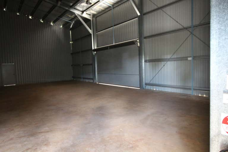 Shed 3, 19 Croft Crescent Harristown QLD 4350 - Image 3