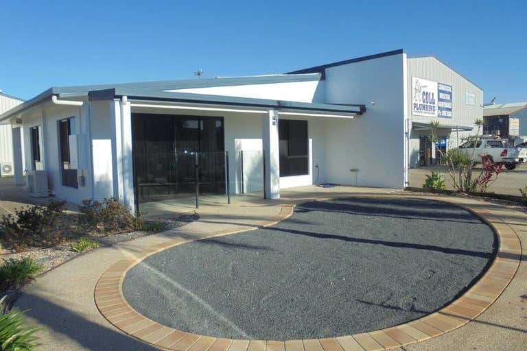 13 Transport Avenue Paget QLD 4740 - Image 2
