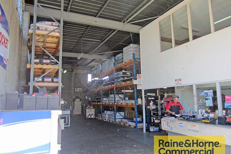 1/242 South Pine Road Enoggera QLD 4051 - Image 3