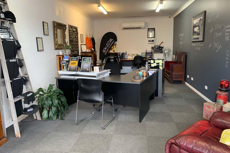 1/30 Rovan Place Bairnsdale VIC 3875 - Image 2