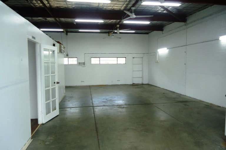 Unit 11 / 20 Milford Street East Victoria Park WA 6101 - Image 1