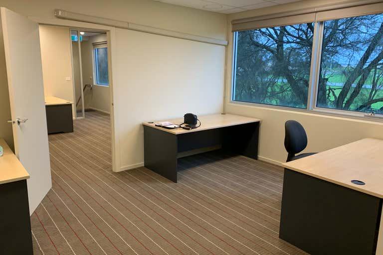 Office 2, 5, 35 Progress Street Mornington VIC 3931 - Image 2