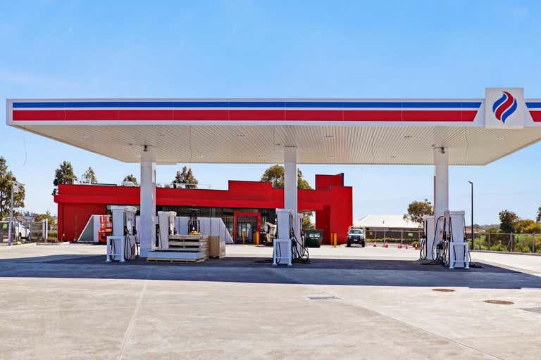 Viva Energy Australia, 9 Norton Promenade Dalyellup WA 6230 - Image 1