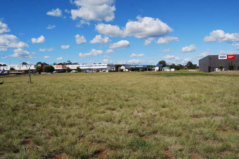 5 Rogers Drive Kingaroy QLD 4610 - Image 2
