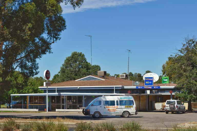 THE BROLGA HOTEL COLEAMBALLY, 2 Brolga Place Coleambally NSW 2707 - Image 1