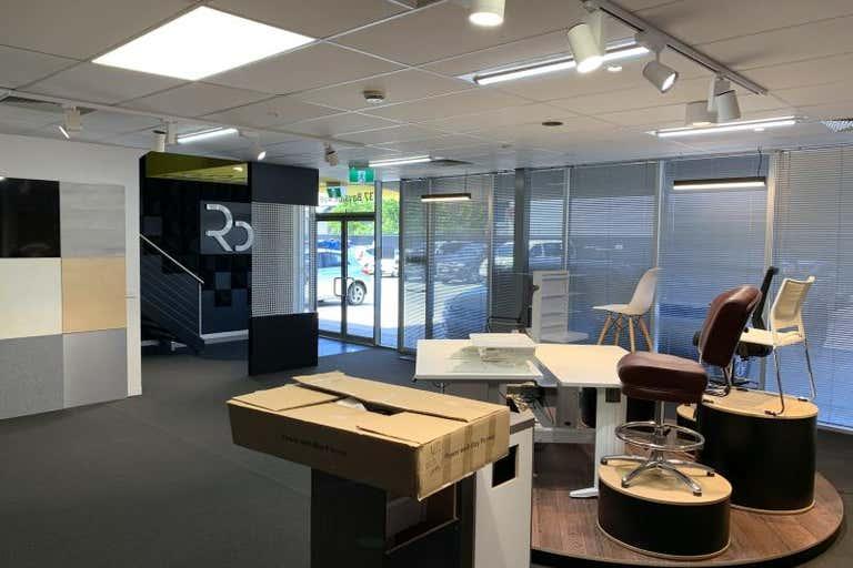 37 Bayside Avenue Port Melbourne VIC 3207 - Image 2