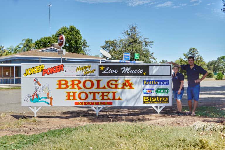 THE BROLGA HOTEL COLEAMBALLY, 2 Brolga Place Coleambally NSW 2707 - Image 2