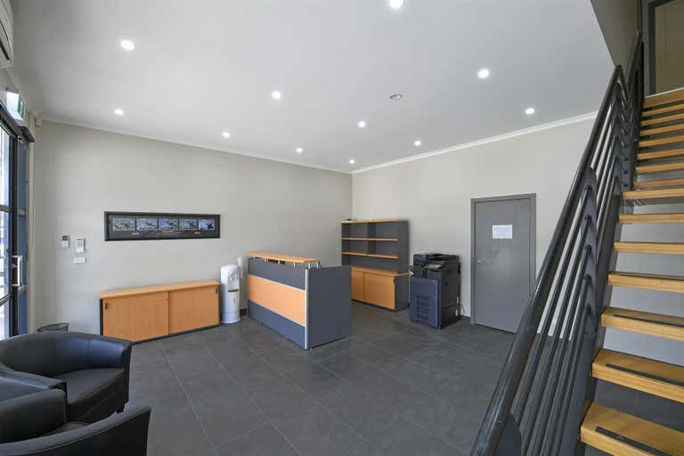 9/1498 Ferntree Gully Rd Knoxfield VIC 3180 - Image 2