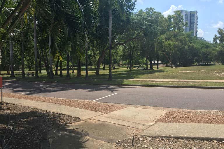 2/78 Woods Street Darwin City NT 0800 - Image 1