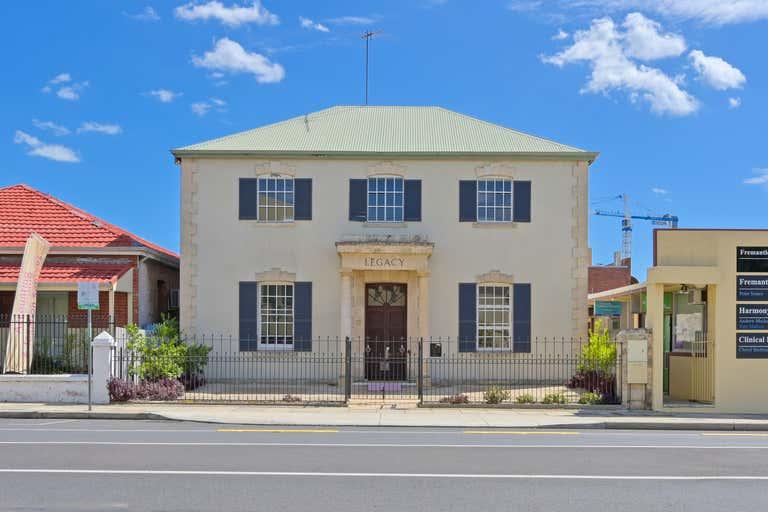 17 Parry Street Fremantle WA 6160 - Image 1